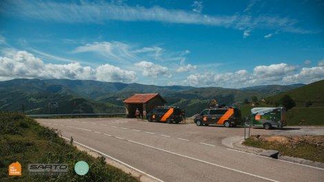 HC Bike Tours SAG vans in Asturias Spain - very comfortable VW Caravelle vans