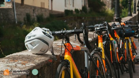 Rent Italian Sarto road bikes in Mallorca or Como Italy with HC Bike Tours