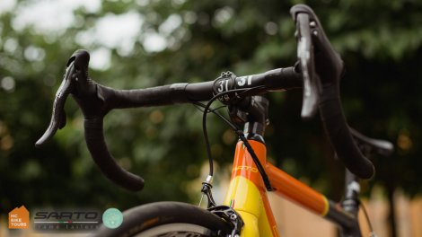 Mallorca and Como Italy Sarto road bikes for rent - Campagnolo Chorus - HC Bike Tours